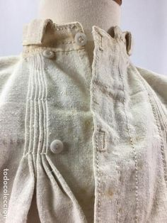 ANTIGUA CAMISA DE LINO (Antigüedades - Moda y Complementos - Hombre) Lovely Dresses, Beautiful Outfits, Cool Outfits, Shirt Collar Styles, Vintage Nightgown, Fashion Design Sketches, Historical Costume, Embroidery Dress, Fashion History