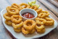 Crispy Fried Calamari – Russian Filipino Kitchen - Malinda's Home Page Squid Recipes, Fish Recipes, Seafood Recipes, Cooking Recipes, Seafood Meals, Seafood Restaurant, Seafood Appetizers, Seafood Dishes, Appetizer Recipes