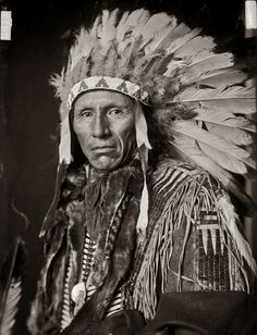 sioux indians | Eagle Dog, Yankton Sioux Indian Chief Photographed in 1908