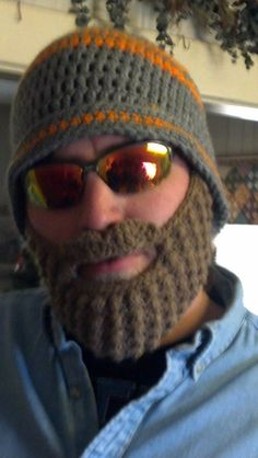 Our 7 Acres: The Beard Hat - Crochet Tutorial. Finaly found a tutorial so I can make one for my brother.