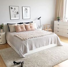 Scandinavian style is one of the most popular styles of interior design. Although it will work in any room, especially well in the bedroom. We advise how to decorate a bedroom in a Scandinavian style. Bedroom in Scandinavian Style is… Continue Reading → Scandinavian Bedroom Decor, Interior, Home Decor Bedroom, Room Inspiration, Modern Bedroom, Small Bedroom, Home Interior Design, Interior Design, Interior Design Bedroom