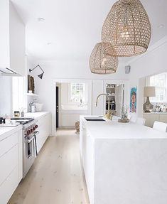 Cheap Home Decor rattan lights.Cheap Home Decor rattan lights All White Kitchen, White Kitchen Cabinets, Kitchen Cabinet Design, Modern Kitchen Design, Cabinet Decor, Kitchen Cupboard, White Coastal Kitchen, Crisp Kitchen, Tropical Kitchen