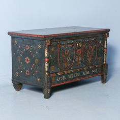 Antique Original Blue Painted Trunk from Romania, Dated 1883 1 Chalk Paint Furniture, Hand Painted Furniture, Plywood Furniture, Furniture Plans, Furniture Makeover, Diy Furniture, Business Furniture, Furniture Market, Accent Furniture