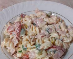Μακαρονοσαλάτα ελαφριά και για το βράδυ κι όχι μόνο !! Υλικά 1 πακέτο μακαρόνια βιδες 4-5 ντοματίνια ψιλοκομμένα 4-5 φέτες ζαμπόν κομμένο σ... Pasta Salad, Diet Recipes, Meals, Ethnic Recipes, Gardening, Food, Crab Pasta Salad, Meal, Lawn And Garden