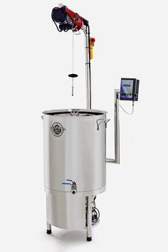 A BeerBot 60 é uma cozinha completa para fabricação de cerveja em casa ou em micro-cervejarias para produção de levas piloto. Totalmente construída em aço INOX 304, uma única panela com capacidade total de 110 litros, com configurações de brassagem que variam de 20 a 60 litros. Produza cerveja (mosto) em menos de quatro horas sem necessidade de várias panelas, fogareiros, gás e aquele monte de coisas que ocupam espaço e dão mais trabalho na hora de limpar! A BeerBot 60 vem equipada com duplo…