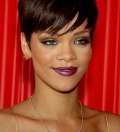photo rihanna-08_zps33884aea.jpg