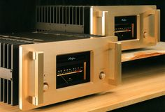 Accuphase A-100 (November 1991)