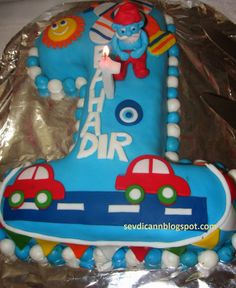 Sevdicann: How to Make a 1 Year Old Car Themed Birthday Cake . Sevdicann: How to Make a 1 Year Old Car Themed Birthday Cake . Thing 1, Themed Birthday Cakes, New Cake, 1 Year Olds, Easy Cake Recipes, Old Cars, Desserts, How To Make, Ali