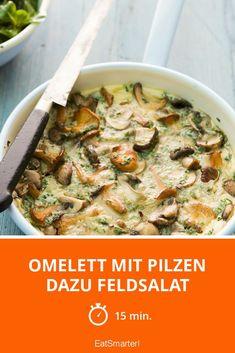 Omelett mit Pilzen dazu Feldsalat - smarter   http://eatsmarter.de/rezepte/omelett-mit-pilzen-dazu-feldsalat