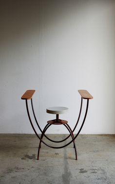 // Hamajima Takuya . U stool, 2013