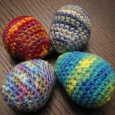 How to Crochet Easter Eggs - a free pattern