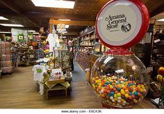 Amana, Iowa - The Amana General Store at the formerly communal Amana Colonies, established by German immigrants - Stock Image Amana Iowa, Amana Colonies, Bubble Gum Machine, Cedar Rapids, General Store, Bubbles, Stock Photos, Table Decorations, German