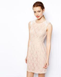 New Look Floral Lace Dress för 449 kr, från Asos