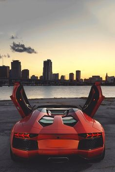 Red Aventador | http://sportcarcollections.lemoncoin.org