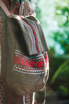 Handwowen backpack, handmade, weaving, wool