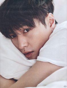 Lay - 160620 W Korea magazine, July 2016 issue - [SCAN][HQ] Credit: Von EXO.