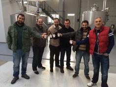Hoy nos han visitado Cerveceros Caseros de Burgos. ¡Muchas gracias, compañeros! #ExperimentaTesela — en Aranda de Duero.