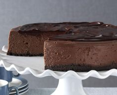 This dark chocolate cheesecake is deep and decadent, earning it the right to be called This version always looks its chocolatey best, because the ganache coating blankets any cracks you may experience. Double Chocolate Cookies, Decadent Chocolate, Chocolate Lovers, Chocolate Chocolate, Chocolate Cheesecake Recipes, Brownie Desserts, Chocolate Desserts, Cake Cookies, Cupcake Cakes