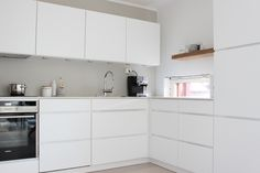 My home - Sisustuskuva jäseneltä SannaInspiredByLove - StyleRoom. Kitchen Furniture, Kitchen Interior, Kitchen Dining, Kitchen Cabinets, Cool Kitchens, Modern Kitchens, Kitchen Remodel, Sweet Home, Interior Design