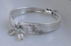 Etsy の Spoon Bracelet Initial Personalized by TheSilverwearShop Fork Jewelry, Silverware Jewelry, Spoon Bracelet, Bracelets, Vintage Silver, Vintage Jewelry, Spoon Art, Initial Charm, Dainty Necklace