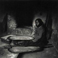Ugo Pellis. Donna che inforna il pane. 9 Novembre 1934