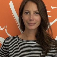 Christy Turlington Burns #insideout selfie to support of Fashion Revolution!