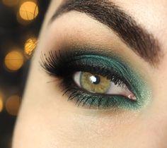 Tutorial – Maquiagem com sombra verde esmeralda