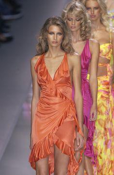 Couture Fashion, Runway Fashion, Fashion Show, Fashion Outfits, High Fashion Models, Fashion Weeks, Milan Fashion, Versace, Julia Stegner