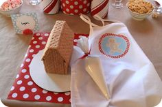 Gingerbread House Decorating Party #gingerbread #party
