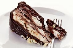 Torta bez pečenja: Fenomenalna čokoladna poslastica, u samo 3 poteza! Torte Recepti, Kolaci I Torte, Baking Recipes, Cake Recipes, Dessert Recipes, Brze Torte, Torta Recipe, Torte Cake, Biscuit Cake