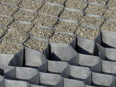 Struttura tri-dimensionale di stabilizzazione DuPont™ Plantex® GroundGrid® by DuPont de Nemours Italiana - DuPont Building Innovations