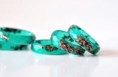 Emerald groen Resin Ring met koper vlokken dunne Faceted