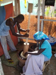 Preparing traditional West African fufu in Ghana