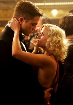 Robert Pattinson & Reese Witherspoon in Water for Elephants