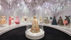 """""""Christian Dior: Designer of Dreams"""" surpassed the former V&A record set by """"Alexander McQueen: Savage Beauty"""" in 2015 by over visitors. Raf Simons, John Galliano, Princesa Margaret, Belle Epoque, Christian Dior Designer, Christian Dior Couture, Dior Haute Couture, Yves Saint Laurent, Victoria And Albert Museum"""