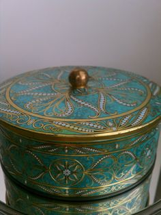 Vintage Tin Box Powder Container