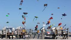 Ab dem 7. August tanzen die Drachen wieder über den Himmel von St. Peter-Ording.