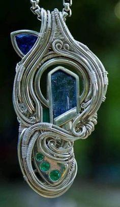 ©Zac Cobb #wirewrap #jewelry #wirewrapjewelry