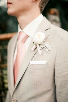 Gray or Beige Groom Suits / http://www.himisspuff.com/groom-fashion-inspiration-45-groom-suit-ideas/7/