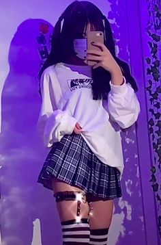 Swaggy Outfits, Edgy Outfits, Teen Fashion Outfits, Retro Outfits, Grunge Outfits, Cute Casual Outfits, Girl Outfits, Egirl Fashion, Cute Fashion