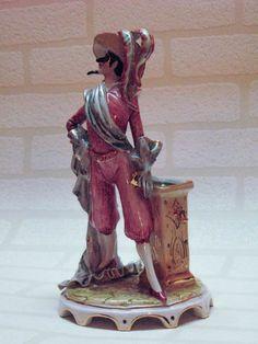 FIGURINE ANTIQUE SIGNEE GIOVANNI GIRARDI - http://www.lesbrocanteurs.fr/annonce-antiquaire/figurine-antique-signee-giovanni-girardi/