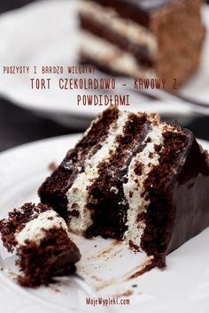 Schokoladenkuchen - Kaffee mit Pflaumenmarmelade Chocolate cake - coffee with plum jam Köstliche Desserts, Delicious Desserts, Yummy Food, Tasty Chocolate Cake, Chocolate Desserts, Sweet Recipes, Cake Recipes, Dessert Recipes, Fancy Dishes