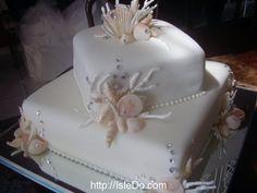 Amazing Green White Wedding Tiered Cupcakes