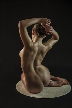 Beautiful artistic nude: Photo