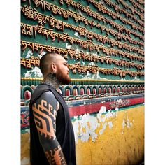 "Ben Volt az Instagramon: ""Still reeling from our trip to Nepal for the @nepaltattooconvention. A life changing experience is an understatement. Such a vibrant and…"""