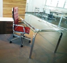 Executive Office Model YOU - Desk Transparent Glass and Chromed Structure - Service Unit White and Wenge - Chair Model QUADRO DIAMOND Ruby Leather and Chromed Structure