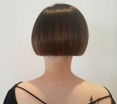 Go For It, Blunt Cuts, Hair Transformation, Bobs, Short Hair Styles, Asia, Hair Cuts, Hair Beauty, Hairstyles