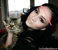 Indie Girl Indie Girl, Queen, Makeup, Make Up, Beauty Makeup, Bronzer Makeup
