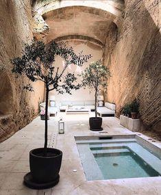 Hotel Can Mostatxins in Mallorca, Spain. Photography by Sophia Molen. Hotel Can Mostatxins in Mallorca, Spain. Photography by Sophia Molen. Design Hotel, House Design, Patio Interior, Interior And Exterior, Outdoor Spaces, Outdoor Living, Outdoor Decor, Piscina Interior, Small Pools