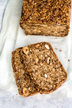 Health Dinner, Vegan Bread, Vegan Dinner Recipes, Bread Baking, Banana Bread, Food And Drink, Gluten Free, Breakfast, Desserts